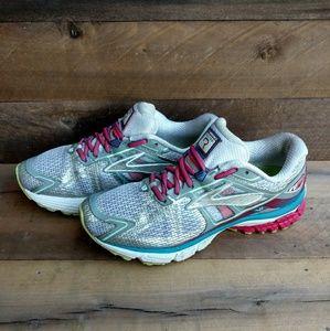 Brooks Ravenna Women's Running Shoes Sz. 9